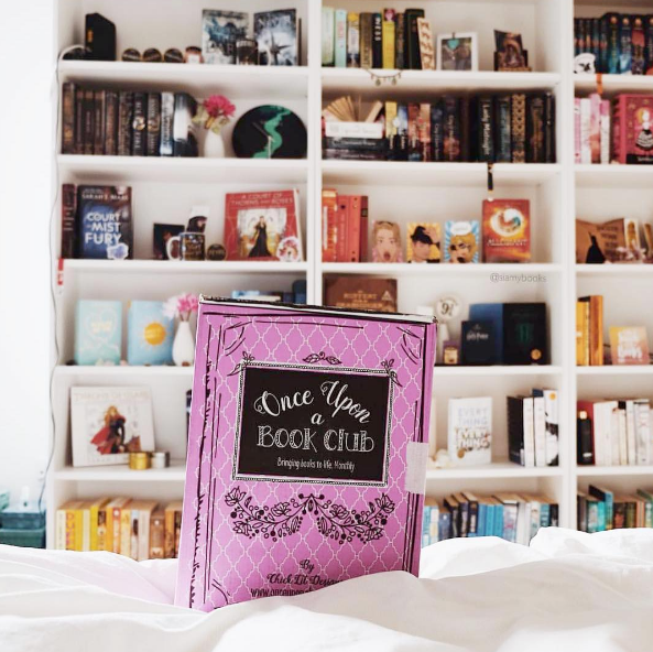 GET YOUR VERY FIRST UNIQUE BOOKISH BOX THAT BRINGS BOOKS TO LIFE MONTHLY