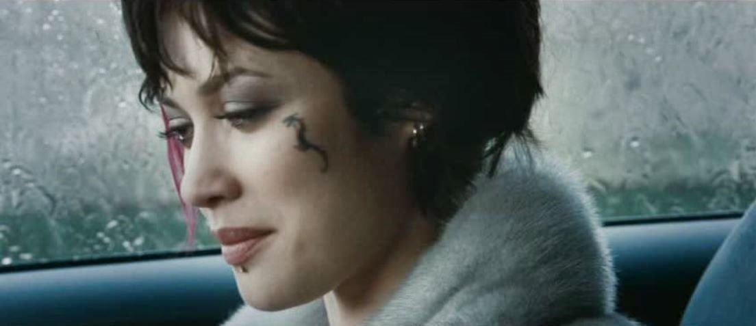 Movie and TV Cast Screencaps: Olga Kurylenko as Nika