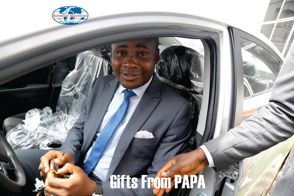 Photos Pastor David Ibiyeomie Welcomes Oyedepo To Port