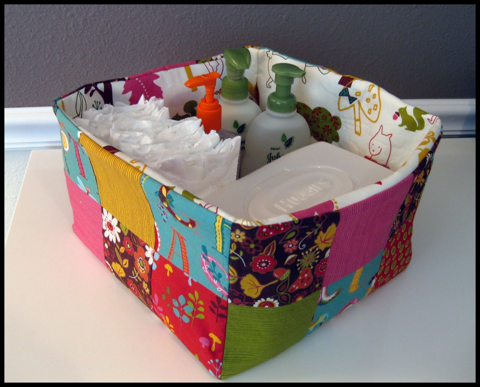 Candace's Calling: A Quick and Easy Fabric Basket!
