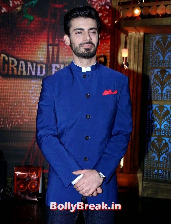 Fawad Khan, Sonam Kapoor in Amazing Dress - Pics from EKLKBK