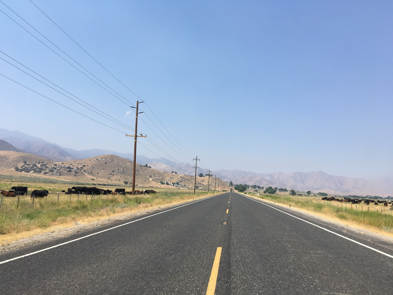 approaching south lake traffic on ca 178 picks up considerably as it approaches lake isabella there is another guide sign immediately east of south lake