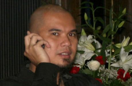 Polisi Cari Handphone Ahmad Dhani