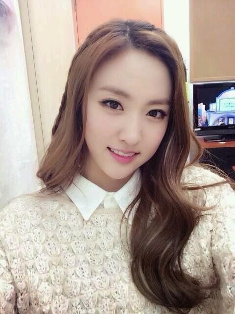Top 50 Pretty Kpop Idols Part 1 Daily K Pop News