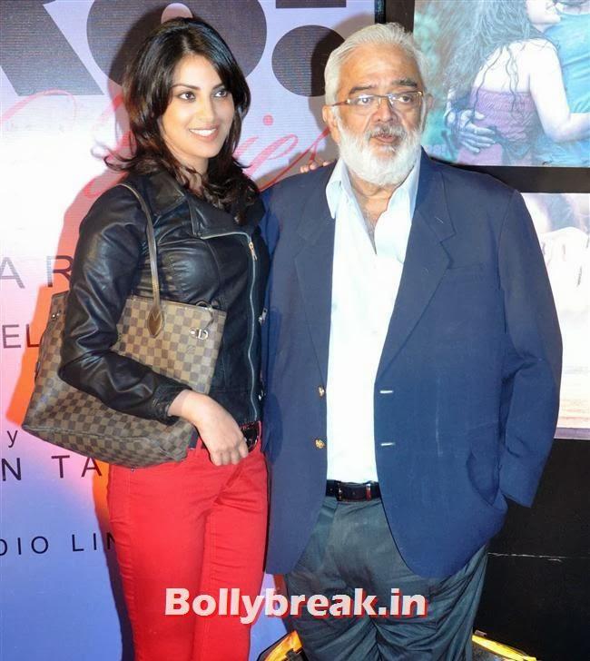 Anushka with Filmmaker Rahul Rawail, Hot Tv Babes at GR8 Calendar 2014 Launch