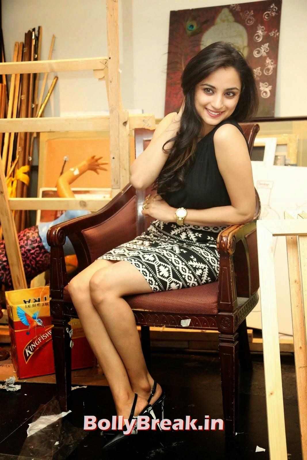 Madirakshi Photoshoot Stills, Actress Madirakshi Hot Pics in Skirt & Black Top