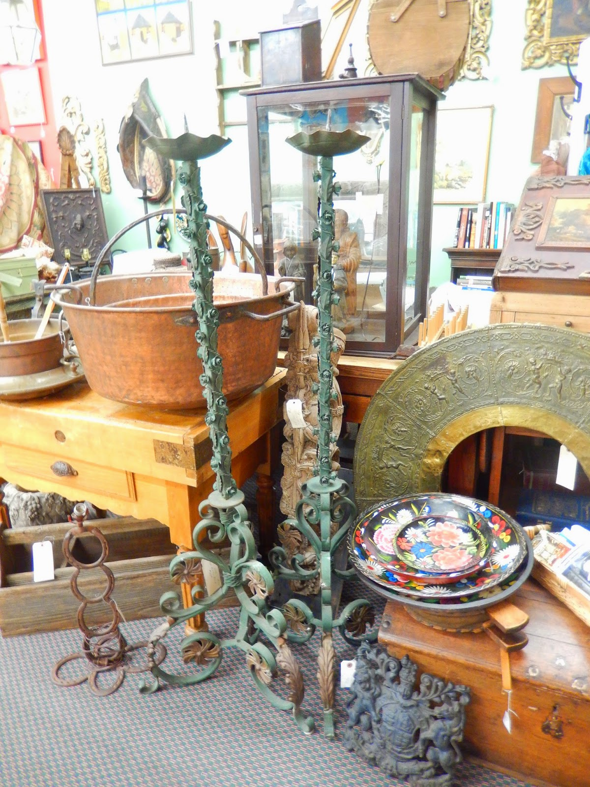 Newport Avenue Antiques June 2014