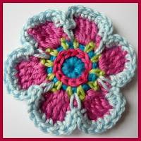 Flor de primavera a crochet