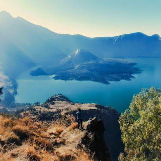 Gunung Rinjani & Danau Segara Anak