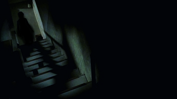 creepy-stairs-footsteps-night