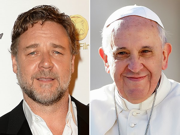 Russell Crowe tries to persuade the Pope to see the picture 'Noah' by social networks