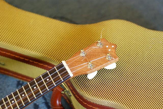 ukulele nut width