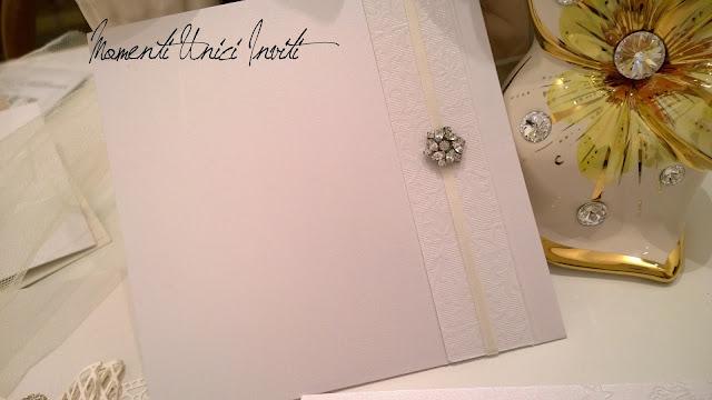 12247660_784664755013690_837375053881505842_o Dettagli preziosi per la Collezione LuxuryCollezione Luxury Colore Bianco Partecipazioni con pietre