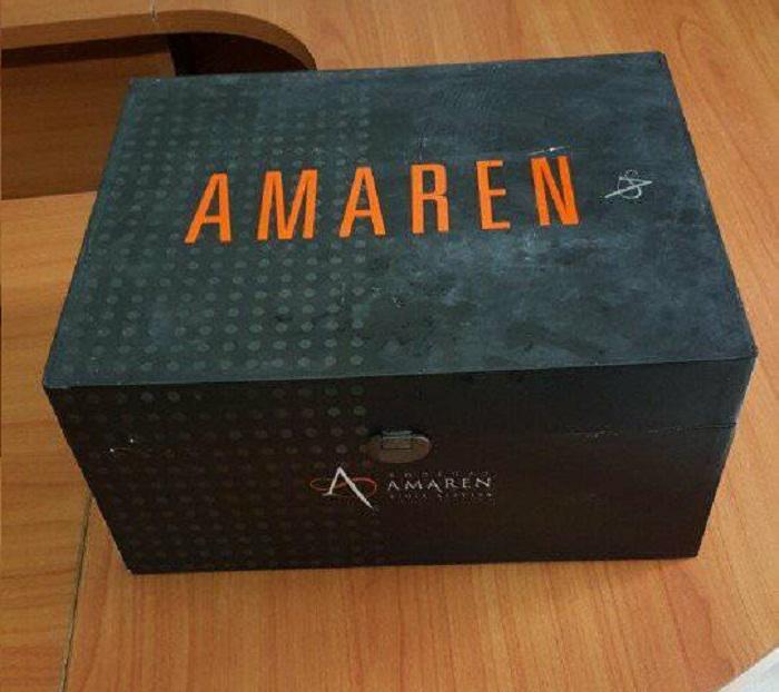 Rượu vang đỏ Amaren 60 được đóng trong hộp sang trọng