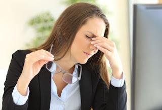Jangan Abaikan, Langkah-Langkah Ampuh Mengatasi Mata Lelah Akibat Terlalu Lama Bekerja Secara Alami dan Mudah
