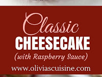 CLASSIC CHEESECAKE WITH RASPBERRY SAUCE