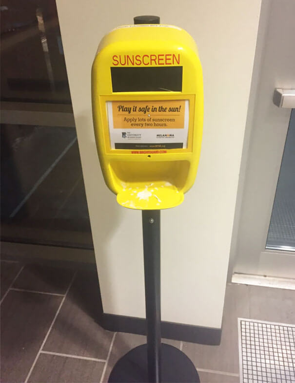 30 Extremely Intelligent School & University Ideas That Will Make You Jealous - My School Gym Has A Complimentary Sunscreen Dispenser