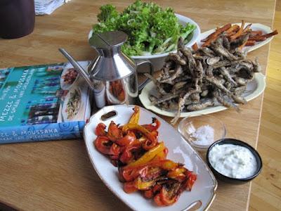 Griekse geïnspireerde gegrilde paprika