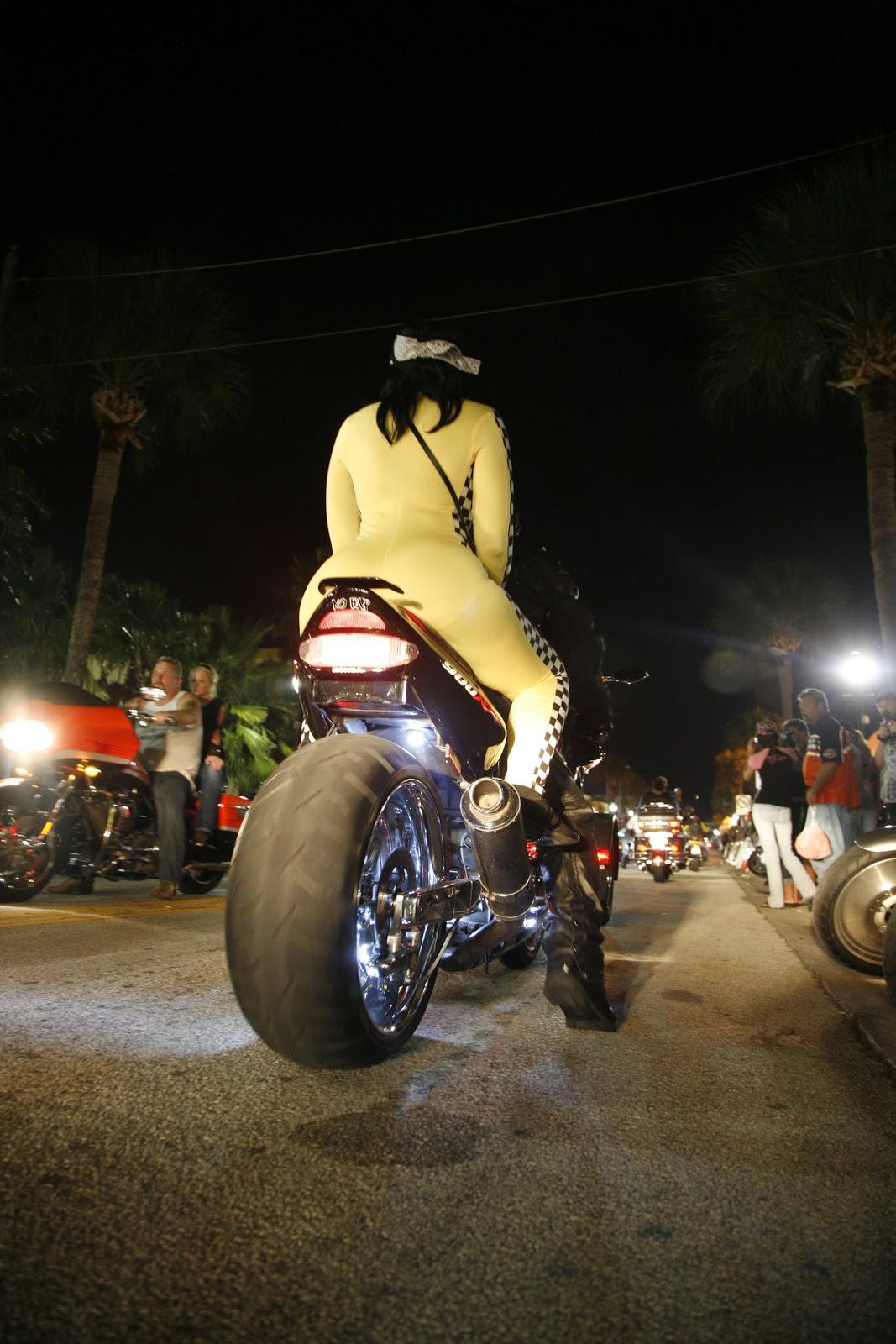 Daytona Beach by night – vcs