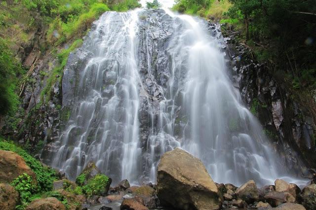 Menikmati Keindahan Air Terjun Sampuran Efrata, Wisata Primadona Samosir