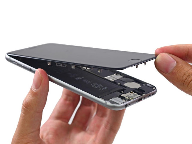 Thay màn hình cho iPhone 6 tại Thành Hưng Mobile