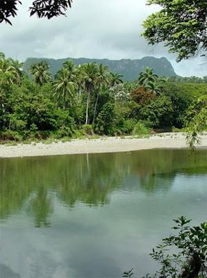 El Yunque, magestuosa  elevación montañosa y monumento nacional de la naturaleza en Cuba