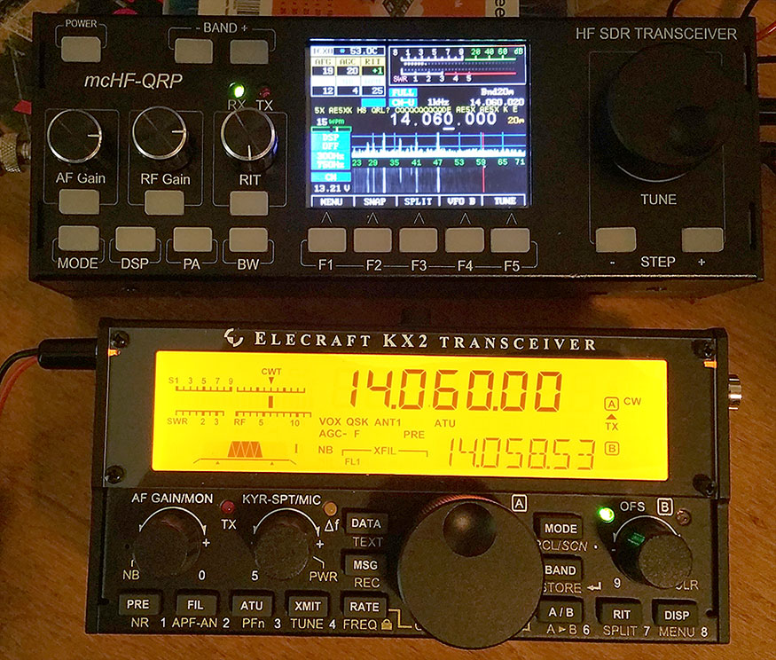 AE5X: Comparing the mcHF and the KX2