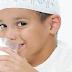Ternyata, Satu dari Empat Anak Indonesia Masih Kurang Minum