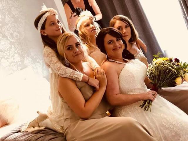 Demoiselles d'honneur, cortège fille et mariée