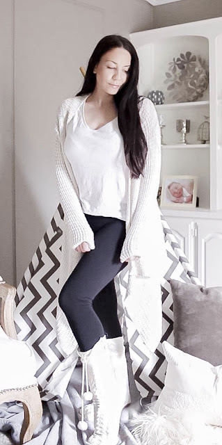 The perfect lounge wear look for this fall and winter, cozy waterfall waffle knit cardigan paired with a casual T Shirt, slimming leggings, and cozy reading sock slippers with pom pom detail www.MalenaHaas.com