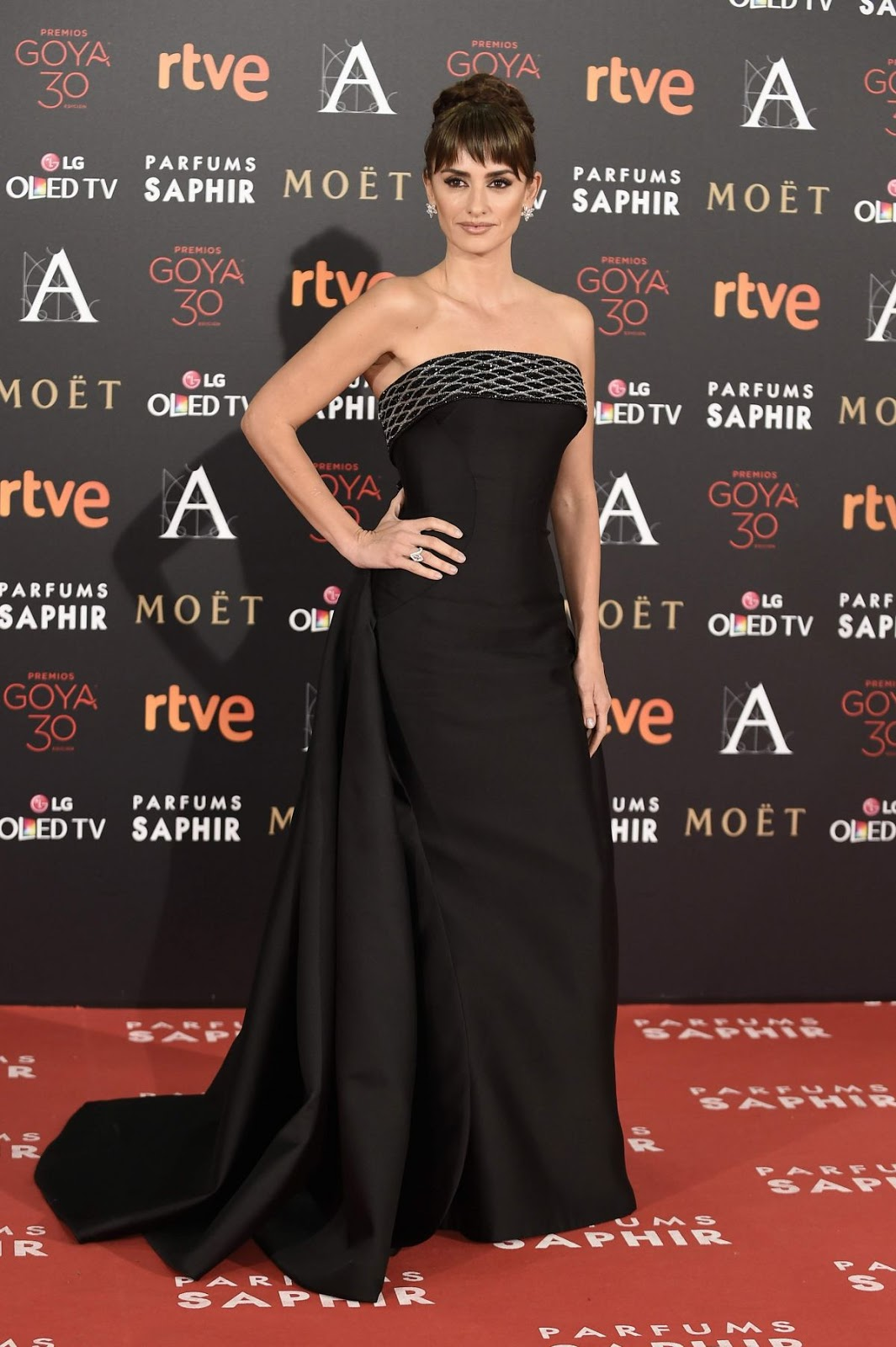 Penelope Cruz attends 30th Annual Goya Film Awards 2016