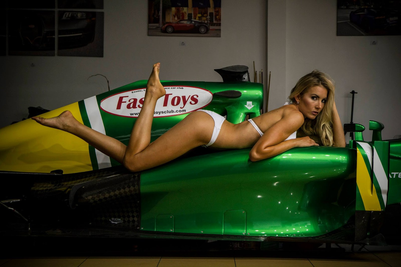 SouLSteer.com: Fast Toys shoots Christina Riordan in bikini with 2013  Caterham CT03-05 F1 car
