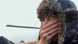 Η συγκλονιστική στιγμή που οι συντελεστές του «Our Planet» βλέπουν τους θαλάσσιους ίππους να οδηγούνται στον θάνατο (vid)