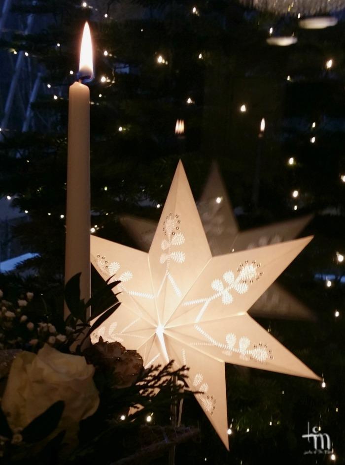 kynttilänliekki ja jouluntähti