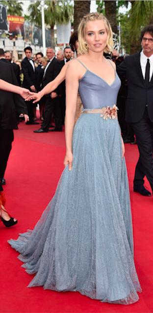 fbd04323d10 Quelle robe Gucci de Sienna Miller préférez-vous