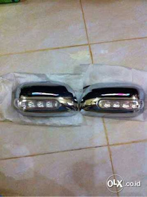 Mirror Cover Spion Lampu Avanza 2004