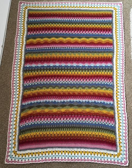 RAF Sweetheart, Tooty Stripey Blanket