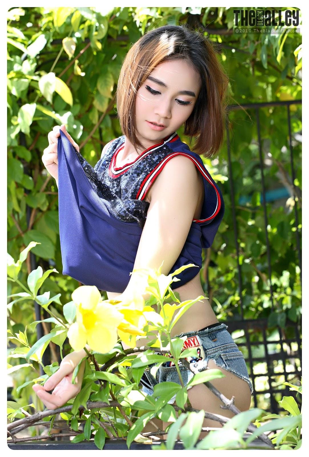 nude thailand scuool girls