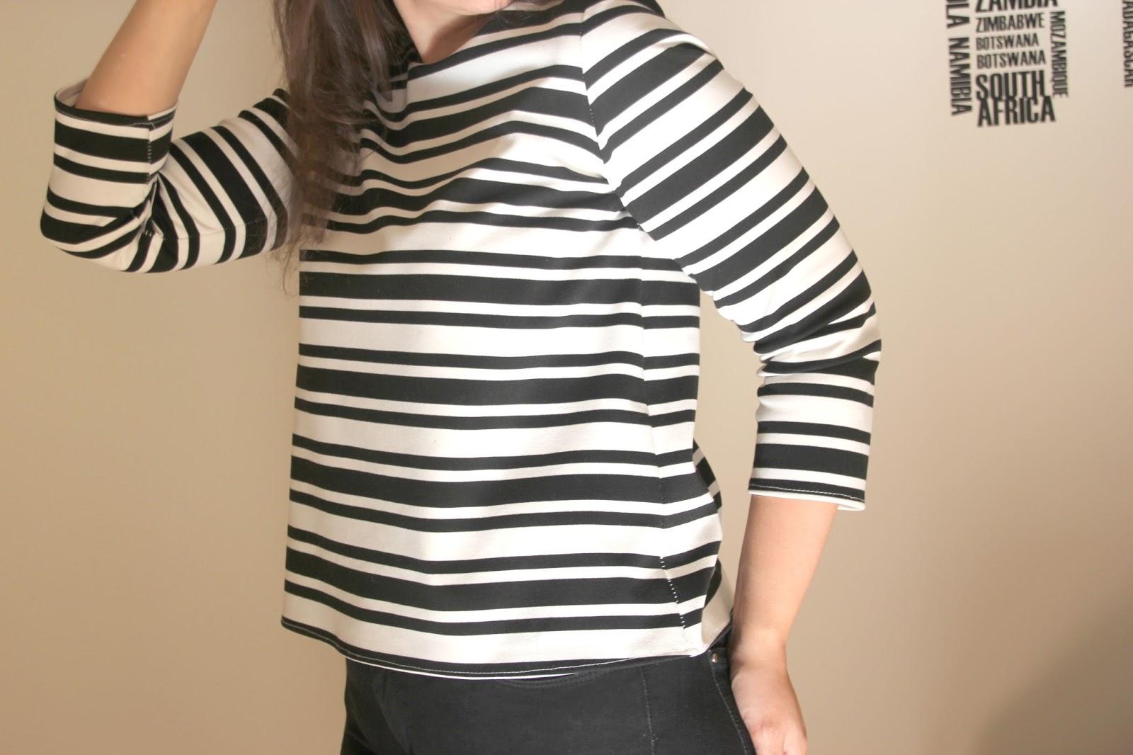 DIY Camiseta básica de mujer (patrones gratis) | | Oh, Mother Mine DIY!!