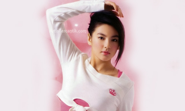 Artis China Tercantik Kitty Zhang Yuqi