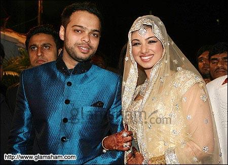 Ayesha Takia Wedding Photos On Shadi Pics Is Sources Of Pictures