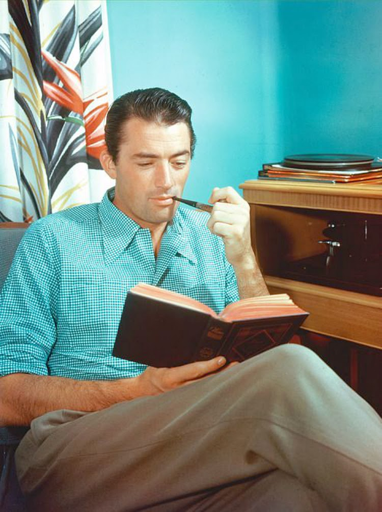 A Vintage Nerd Vintage Blog Celebrity Readers Old Hollywood Stars Classic Film Blog Gregory Peck Reading