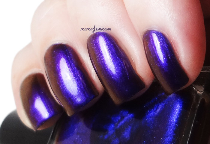 xoxoJen's swatch of Bear Pawlish Jabberwocky
