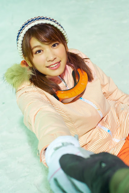 Hisamatsu Ikumi 久松郁実 SNOW ROMANCE Images 08