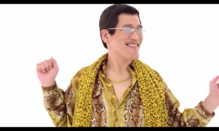 "Fenomena ""Pen Pineapple Apple Pen"""