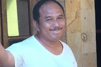 Biodata Eman 4 Sekawan pemeran Kakeknya Iqbal