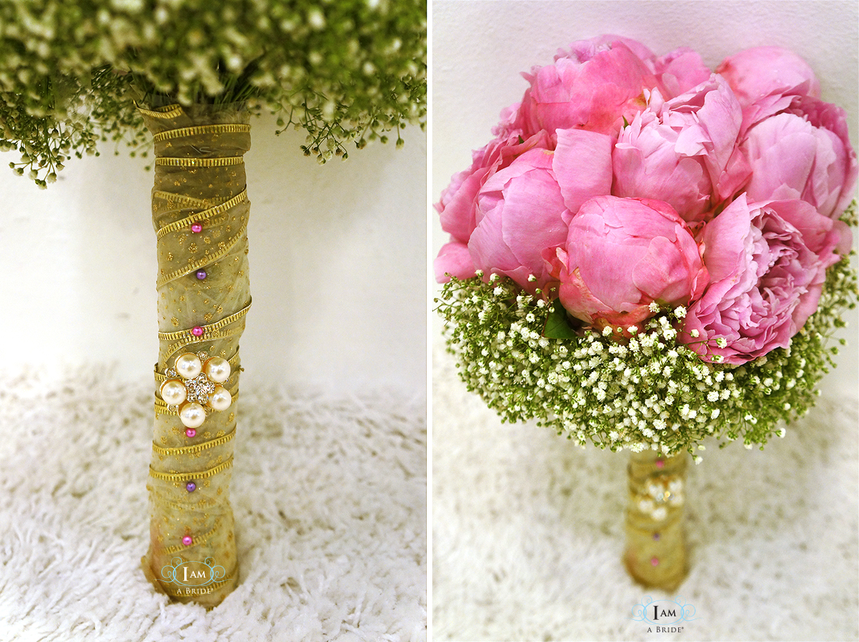 Types Of Wedding Flowers 17 Luxury Brooch and pearls on