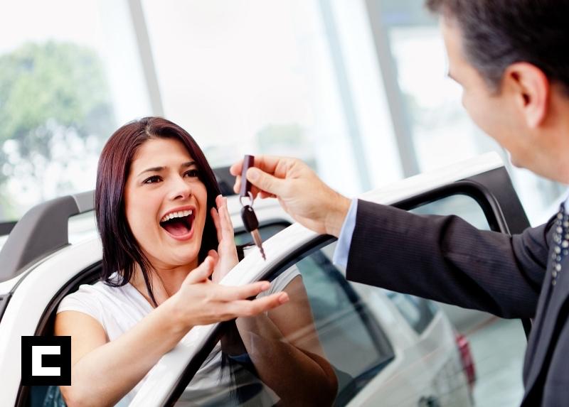 ¿Qué debo preguntar al comprar un auto usado?