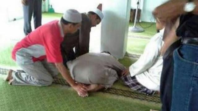 Subhanallah! Meninggal Dalam Keadaan Sujud di Depan Masjid Raya Bogor, Ternyata Sebelumnya Dia...