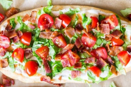 BLT RANCH FLATBREAD